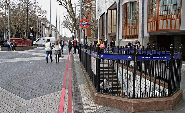 The new Thurloe St/Ismaili Centre exit - the original Cromwell Road exit is at far left
