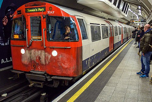 DSC 0016 - Scruffy Bakerloo Line trains