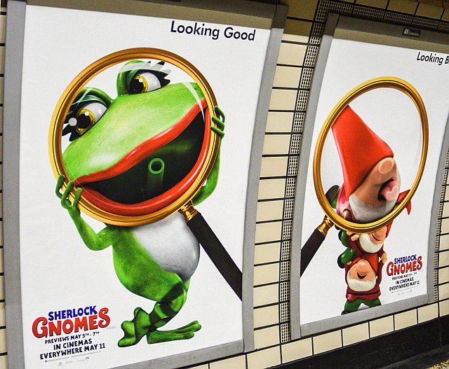 DSC 0402 - Sherlock Gnomes takes over Baker Street station!