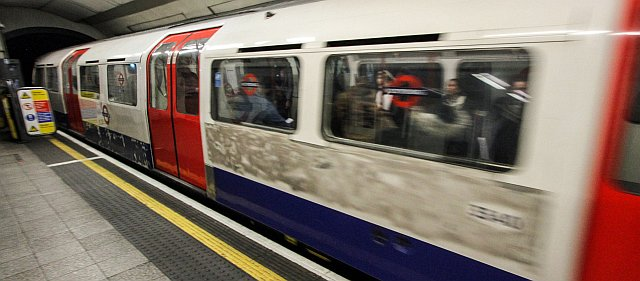 IMG 3104 - Scruffy Bakerloo Line trains