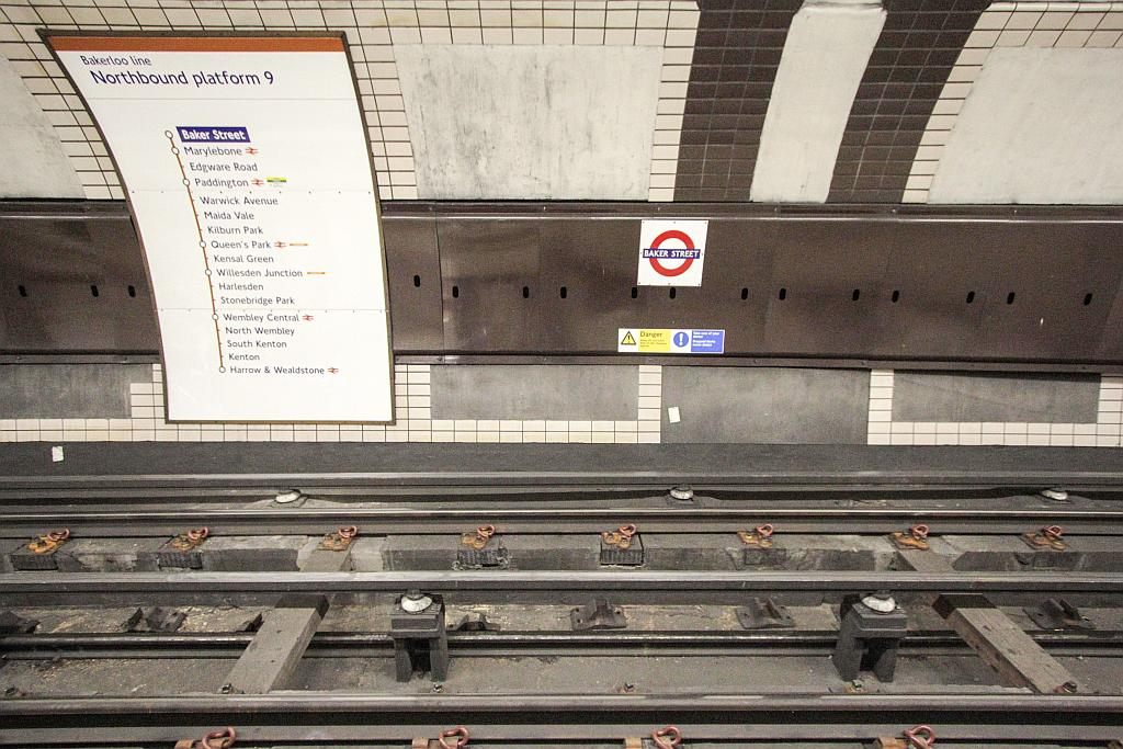 IMG 9621 - Rare mixed tube track at Baker St #2