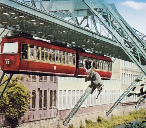 tuffi5 - The Schwebebahn reopens!