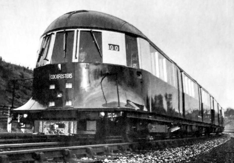 1935cockfosters - That streamlined tube train!