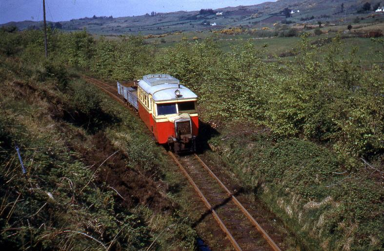 CBYr2OlUgAA8QQN - The County Donegal Railways