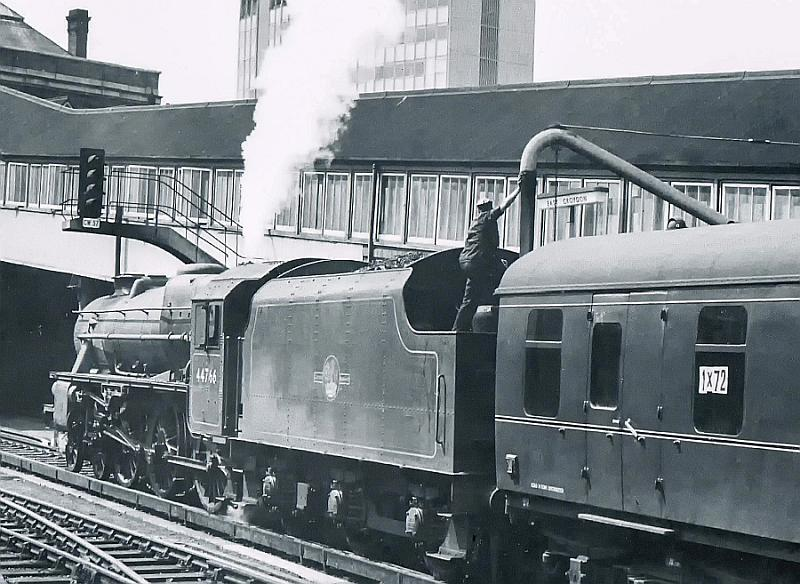 CCI23042020 0133 - Seventy years of main line signalling in London