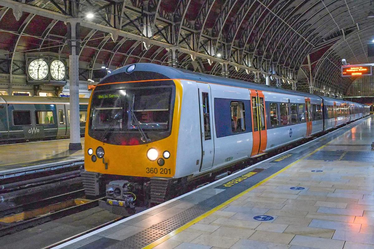 DSC 0654 - Heathrow disconnects its Class 360s