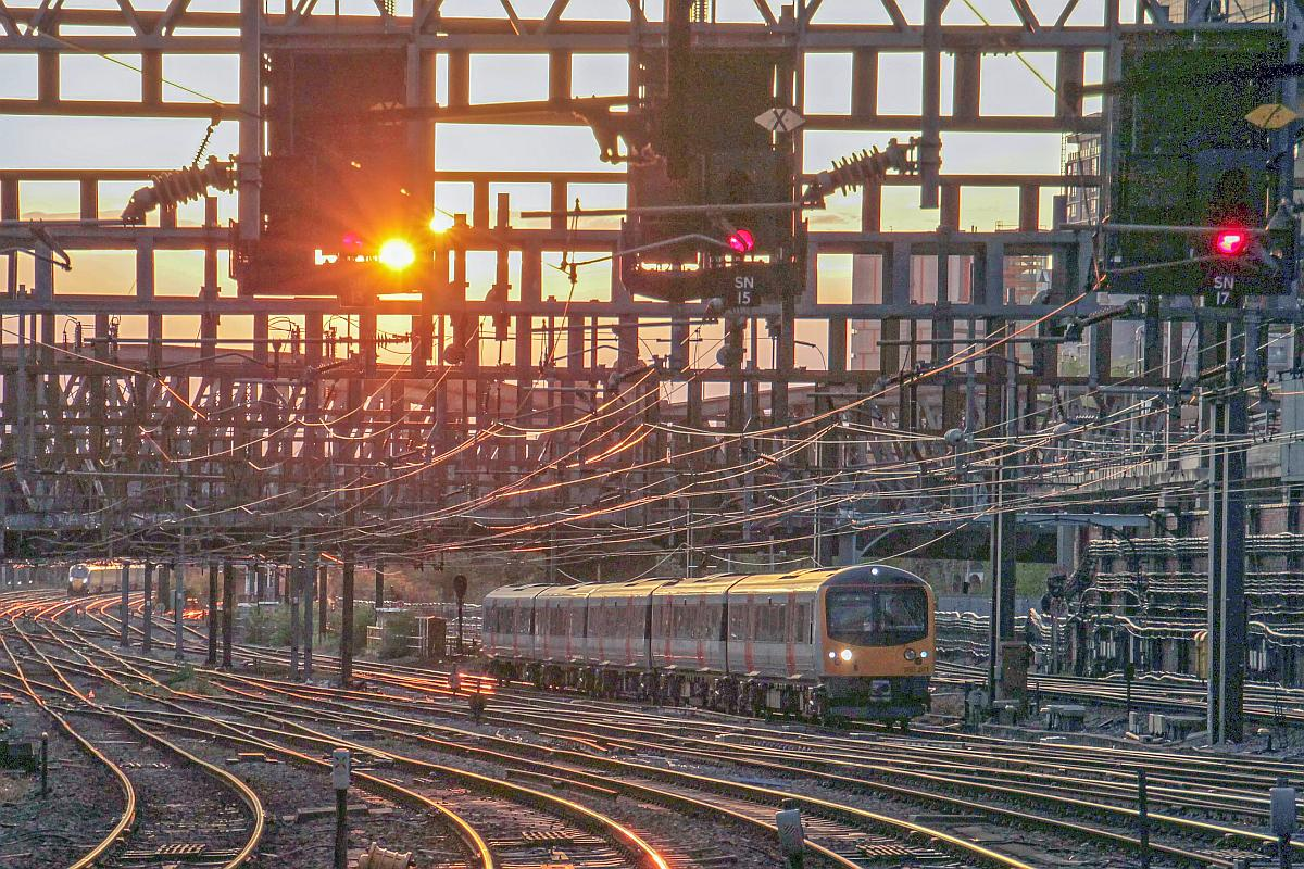 IMG 2956 - Heathrow disconnects its Class 360s